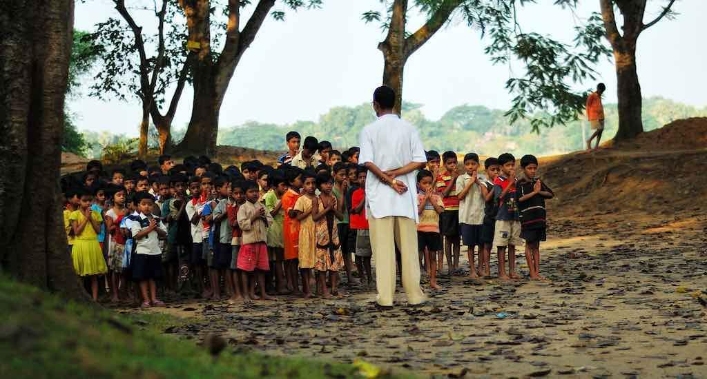 अविकसित क्षेत्रों के विकास की बाधा – कुशल पेशेवरों का अभाव!