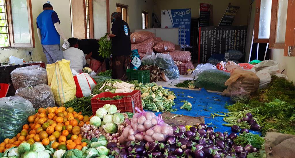 लॉकडाउन के दौरान किसानों और उपभोक्ताओं के बीच सेतु बनी ..