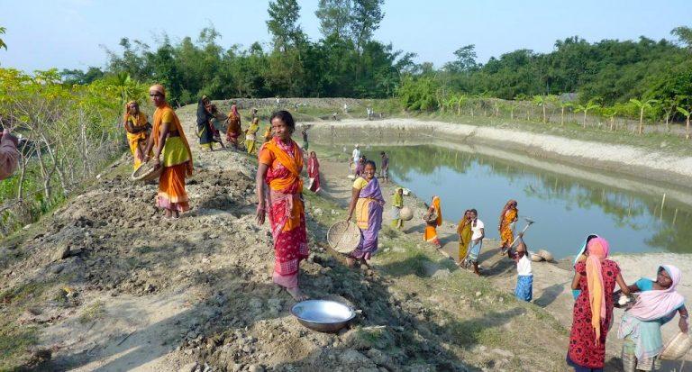 गरीबी के विरुद्ध सबसे मजबूत उपाय है, जल नियंत्रण