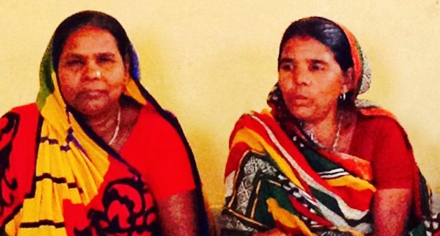 Runa Devi and Daya Devi of Kaladinda village in southeast Bihar have emerged as village leaders. (Photo by Suneeta Dhar)