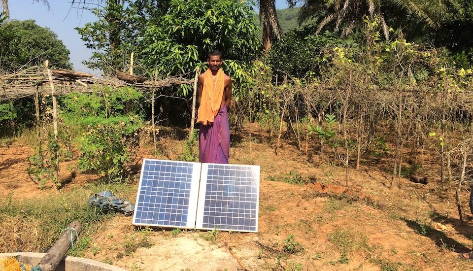 Smallholder farmers in Rayagada in Odisha are using small solar pumps to irrigate vegetable plots. (Photo by Bikalp Chamola)
