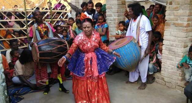 Purulia's nachaniyas still dance to escape destitution