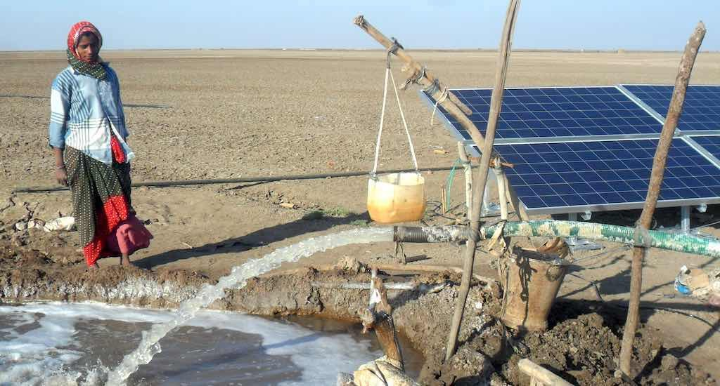 Solar pumps brighten lives of Kutch's salt farmers