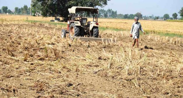 Debts drive breadbasket farmers to daily wage labor
