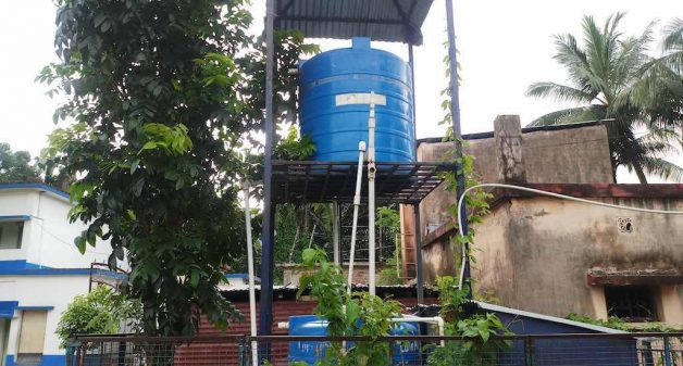 Water treatment plants installed by the government do not function, leaving villagers to drink contaminated water (Photo by Gurvinder Singh)