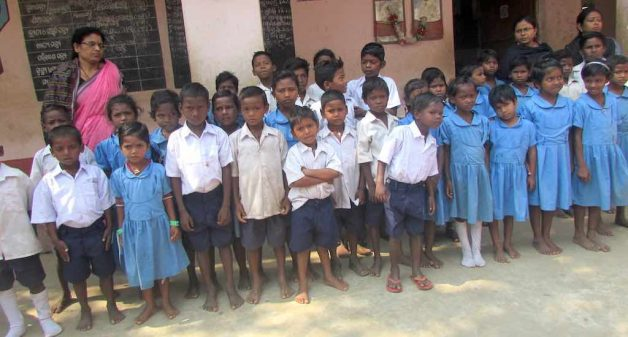 Children of migrant workers enrolled at Bhubanpur Upper Primary School (Photo by Rakhi Ghosh)