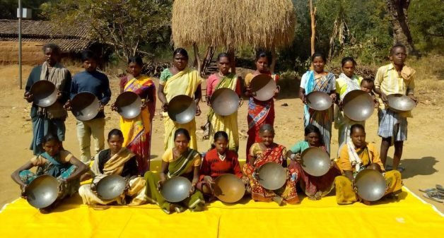 Women in rural Jharkhand have started using iron woks in large numbers (Photo by PHRN)