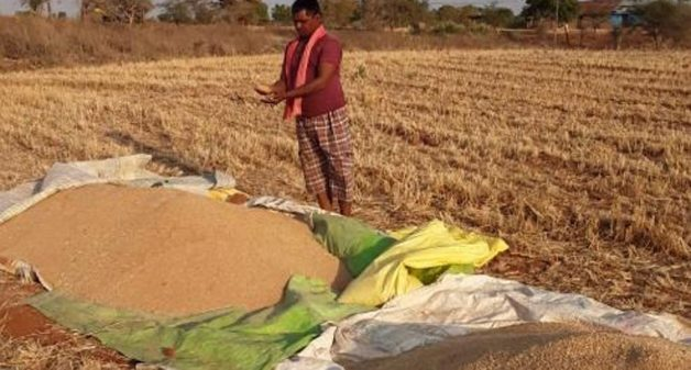 Designers ensure physical and financial health of handloom weavers