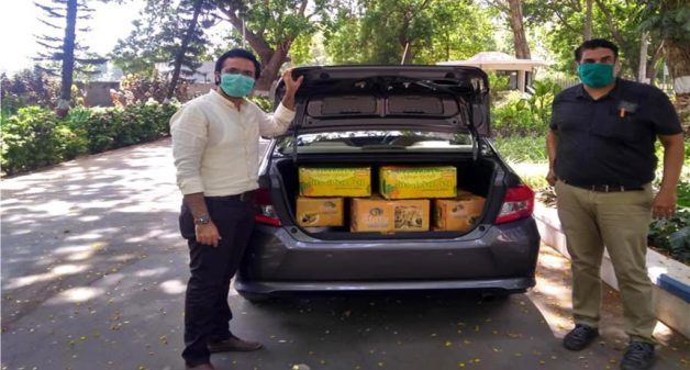 Supply to institutions helps FPOs sell mangoes during lockdown