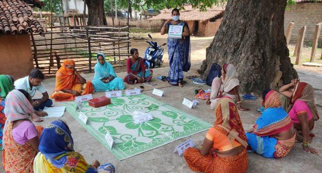 Women volunteers allay vaccine fears in Jharkhand